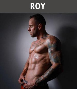 gespierde stripper Roy